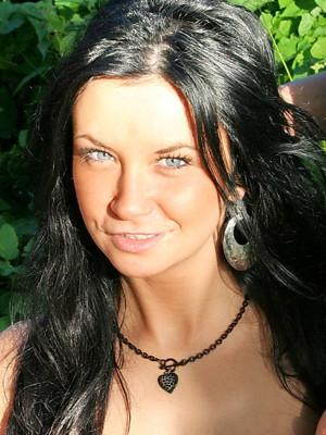Nadia B