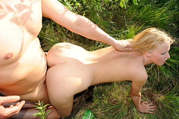 Amateur public fuck with a model